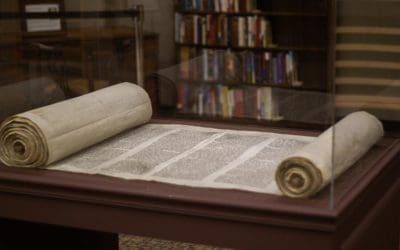 Hij zal Zijn mensen optillen en bewijzen dat Zijn Woord en wet waar zijn