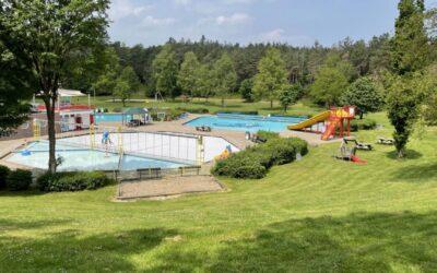 Zwembad Leersum waarschuwt man met nazi-tattoos: bedekken of vertrekken