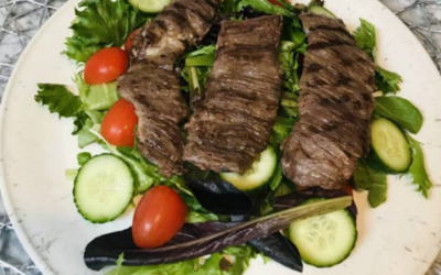 Biefstuksalade met pesto dressing