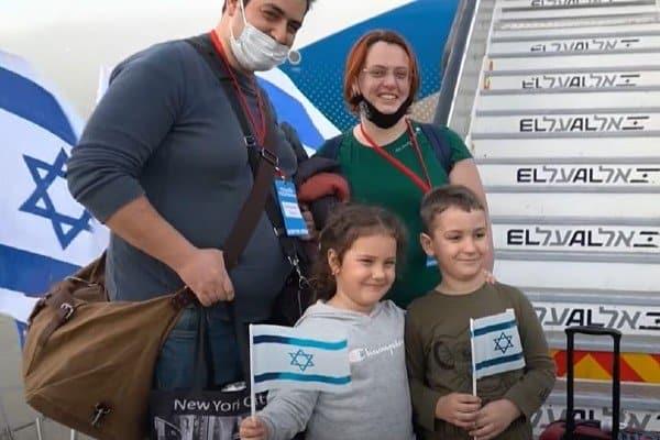 President Herzog: Joden over de hele wereld interpreteren COVID-19 als een oproep tot alijah