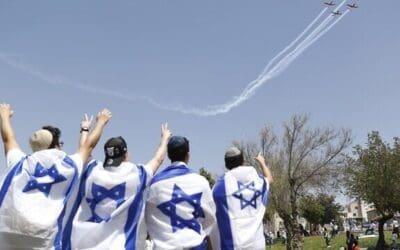 Israël viert de 73e Onafhankelijkheidsdag met een luchtmachtparade