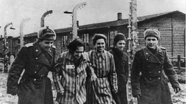 Joodse majoor bevrijder Auschwitz