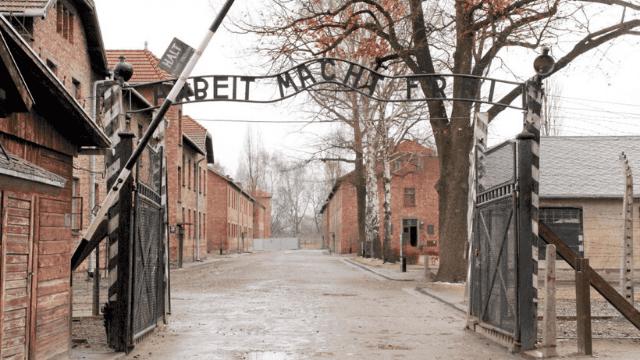 Koning Willem-Alexander en Koningin Máxima bij herdenking 75 jaar bevrijding Auschwitz