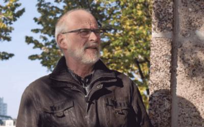 """Wim Verwoerd bij Loods 24: """"Hiervandaan zijn duizenden Joden weggevoerd"""""""