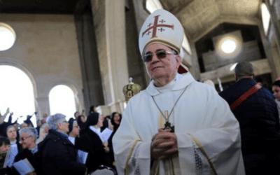 De rooms-katholieke hulpbisschop van Jeruzalem beschuldigt de Israëlische overheid ervan bewust te pogen 'de niet-Joodse bevolking' te reduceren
