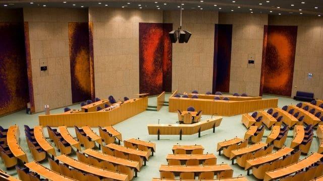 Kamer stemt voor periodiek onderzoek naar de problematiek van racisme, antisemitisme en discriminatie